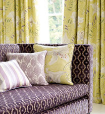 Bloomsbury Canvas Prints and Embroideries Stoffen