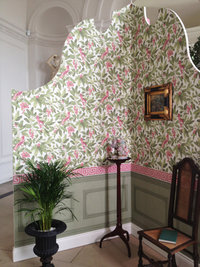 The Historic Royal Palace Collection Behang Van Cole and Son via Luxury By Nature