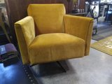 Sarah Draaifauteuil Luxury By Nature Boutique