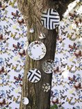 Behang Christian Lacroix Butterfly Parade Multicolore PCL008-01 Luxury By Nature behangpapier sfeer 3