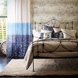 Behang Harlequin Meadow Grass 111408 sfeer gilver - blue Callista collectie luxury by nature
