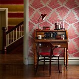 Behang Harlequin Filix 111381 fire - ruby Callista collectie luxury by nature sfeer 2