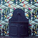 Gaston y Daniela Tucan behang GDW-5453-001 Librería Luxury By Nature sfeer