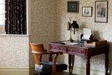 William Morris Scroll behang Morris & Co Archive