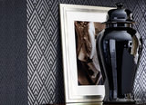 Ralph Lauren behang Jazz Age Geometric Charcoal PRL5019-04 sfeer Penthouse Suite Luxury By Nature
