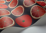 Fornasetti Arance behang 114-24046 bloedsinaasappels grapefruit Cole and Son Senza Tempo behangpapier collectie Luxury By Natur