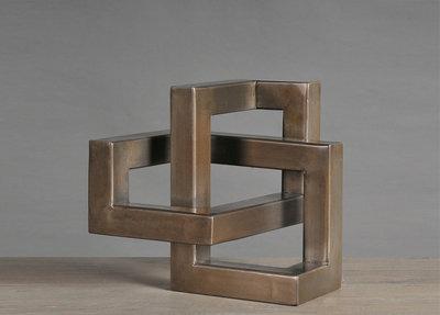 Geometrisch Bronze Object