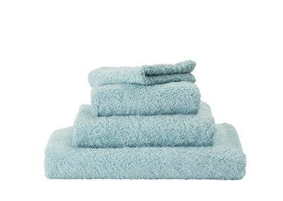 Handdoek Lichtblauw Abyss & Habidecor - 235 Super Pile Serie