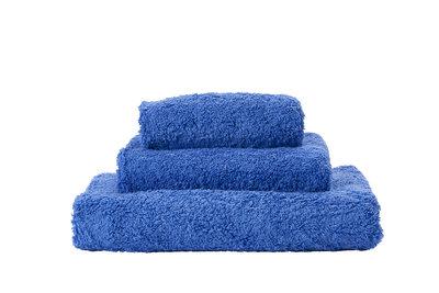 Abyss & Habidecor Handdoek Blauw - 304 Super Pile Serie
