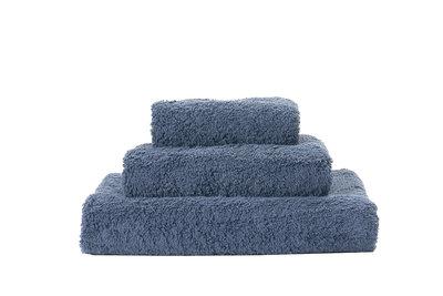 Abyss & Habidecor Handdoek Blauw Denim - 307 Super Pile Serie