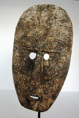 Houten Tribal Masker (tafelmodel) Uit Indonesië 3