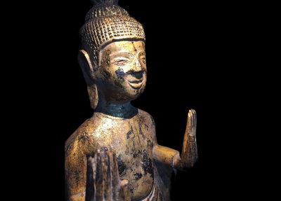 Luxe Thaise Boeddha Staand Op Voetje