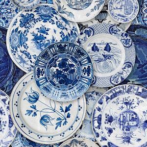 Mind the Gap Delftware Behang Delftsblauwe borden behang WP20187